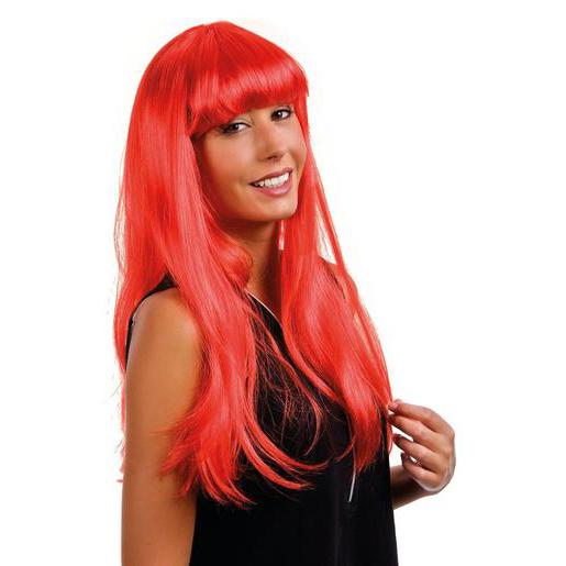 Perruque Lola en polyester - Rouge - Chapeaux de carnaval et ... 647def8bf644