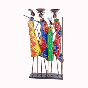 Statue africaine 4 personnages - 38 x 10,8 x H 66,7 cm - Multicolore